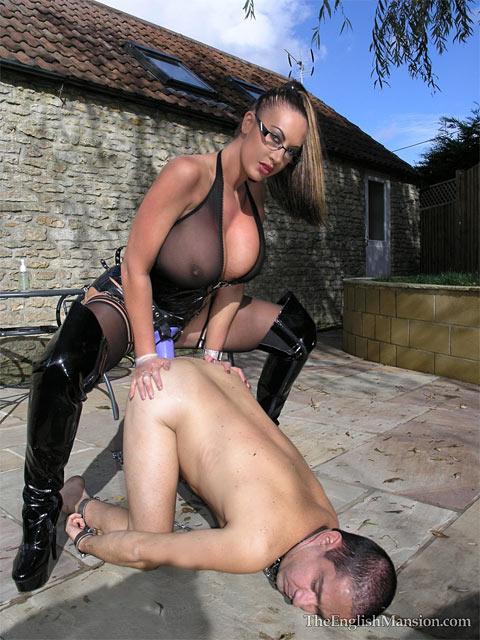 mistress-pandora-emma-butt-strapon-pegging.jpg