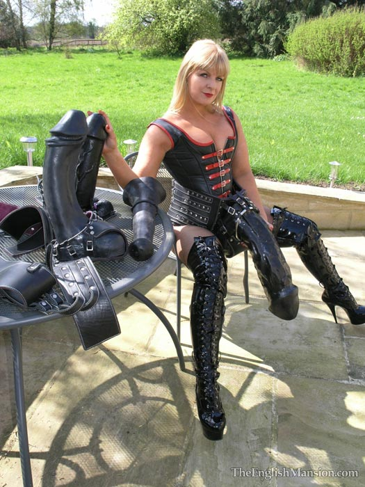 2 giant strapons domina and her slave 7