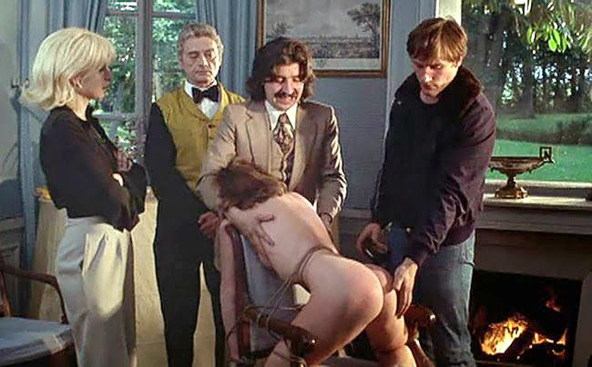 Maitresse-house-scene-spanking