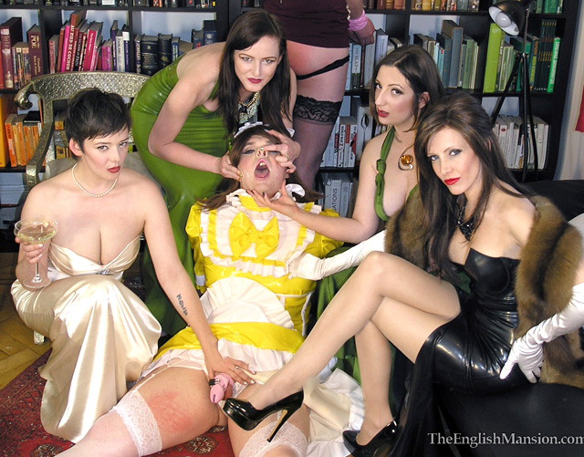sissy-xdresser-party-humiliation