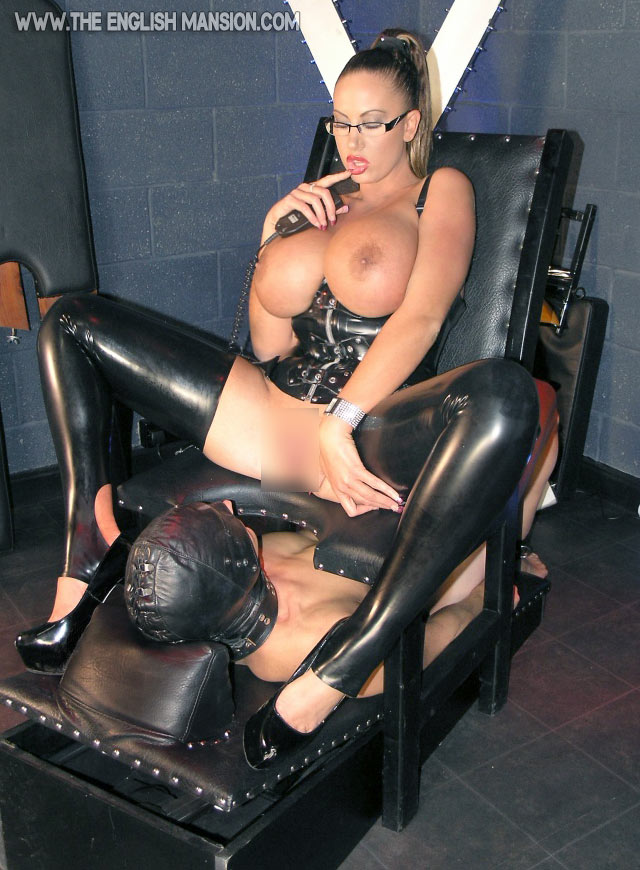 stripper kolding facesitting slave