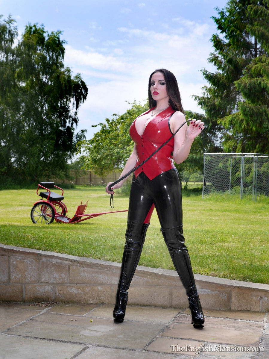 http://www.theenglishmansion.com/promo/0/1119/rubber-riding-domina-01.jpg