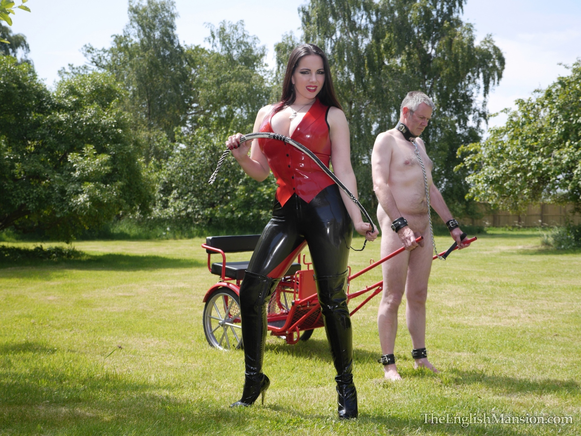 http://www.theenglishmansion.com/promo/0/1119/rubber-riding-domina-12.jpg