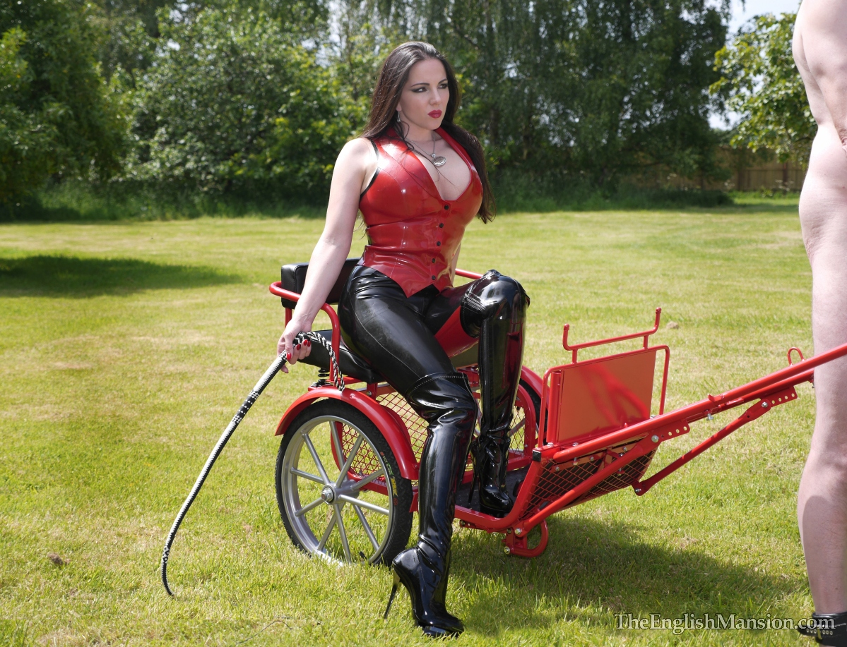 http://www.theenglishmansion.com/promo/0/1119/rubber-riding-domina-13.jpg