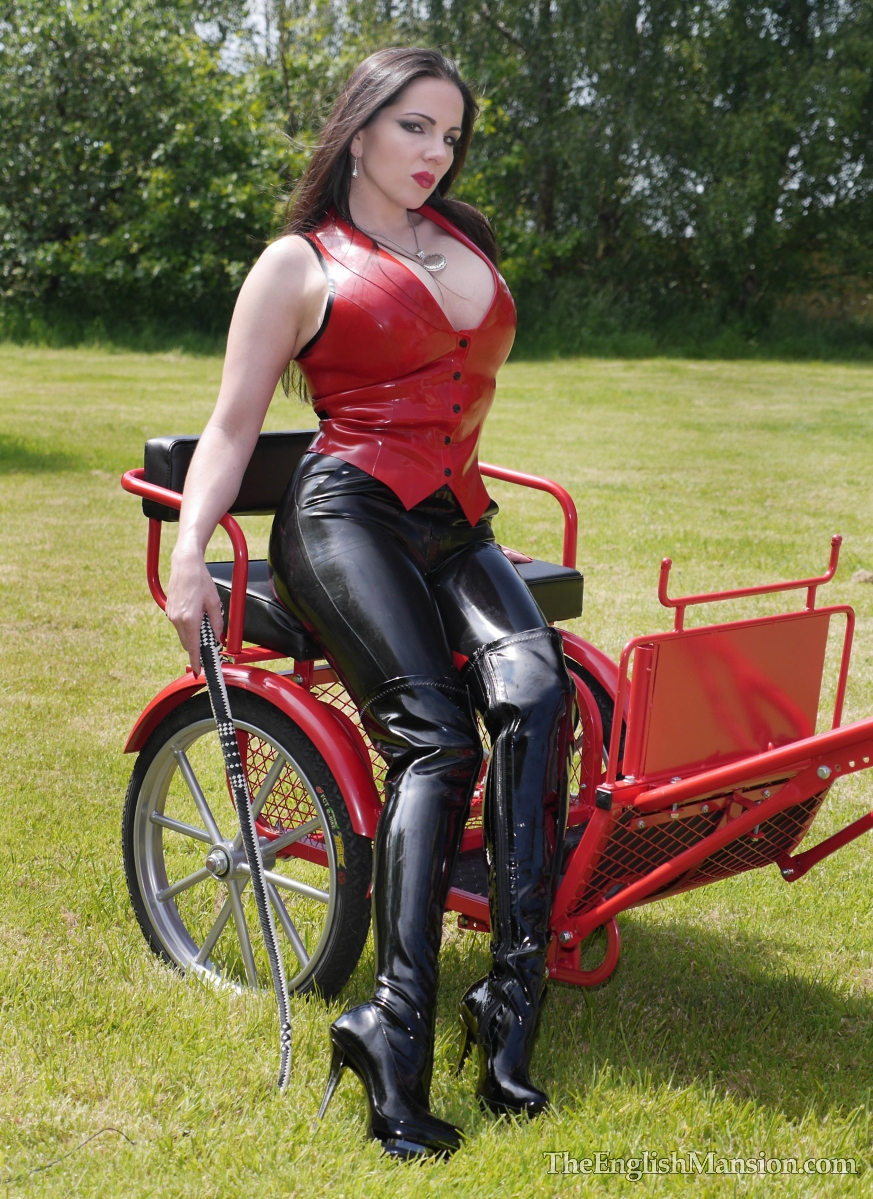 http://www.theenglishmansion.com/promo/0/1119/rubber-riding-domina-14.jpg