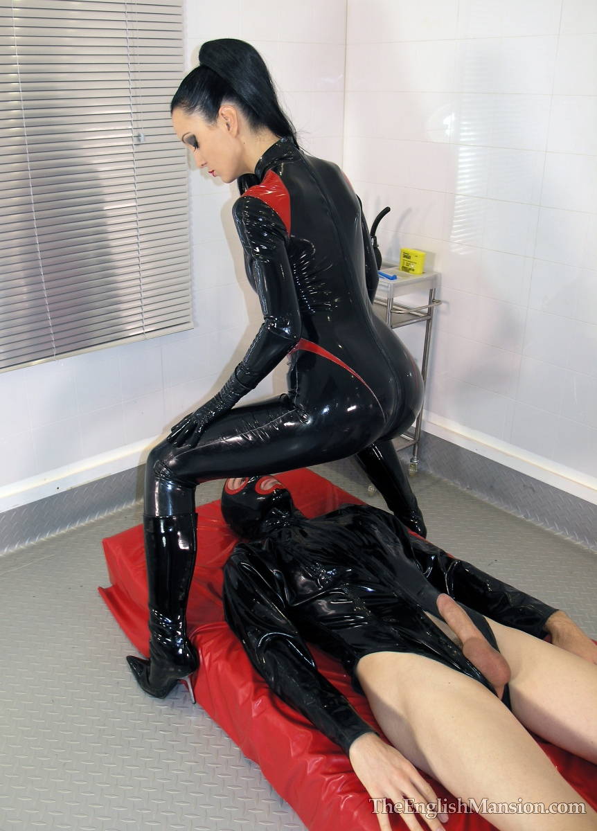 fetish latex sex vidyo