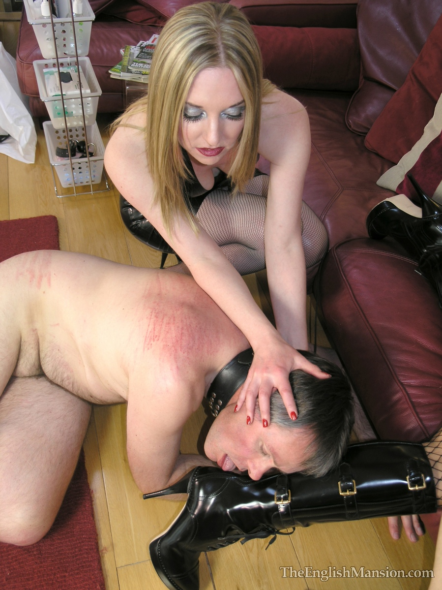 Wife sucking and jerking me off 2