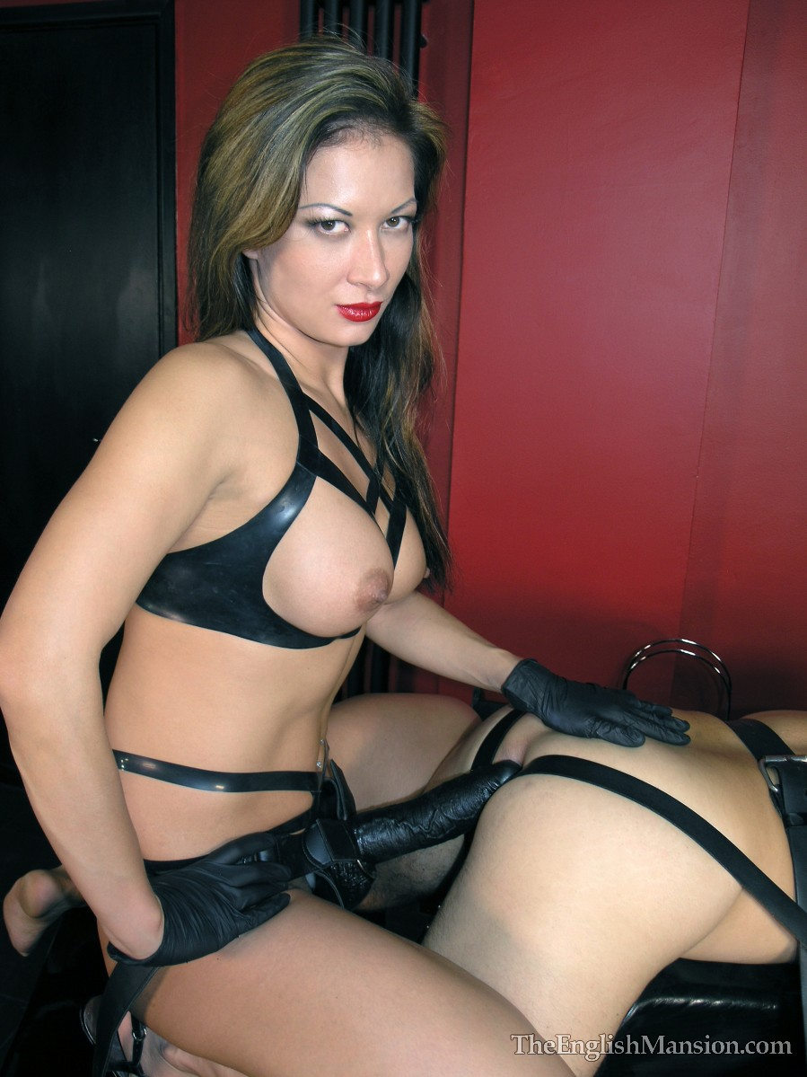erotic masage strapon mistress